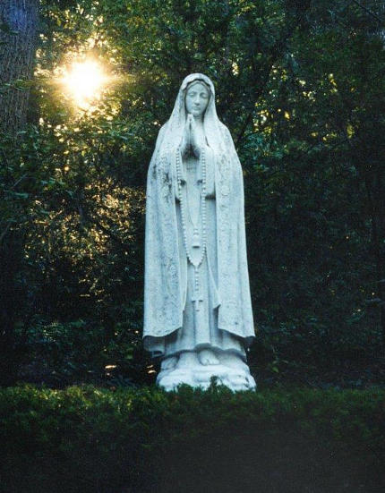 [statue of Mary]